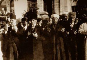 Ataturk ve Dua 2